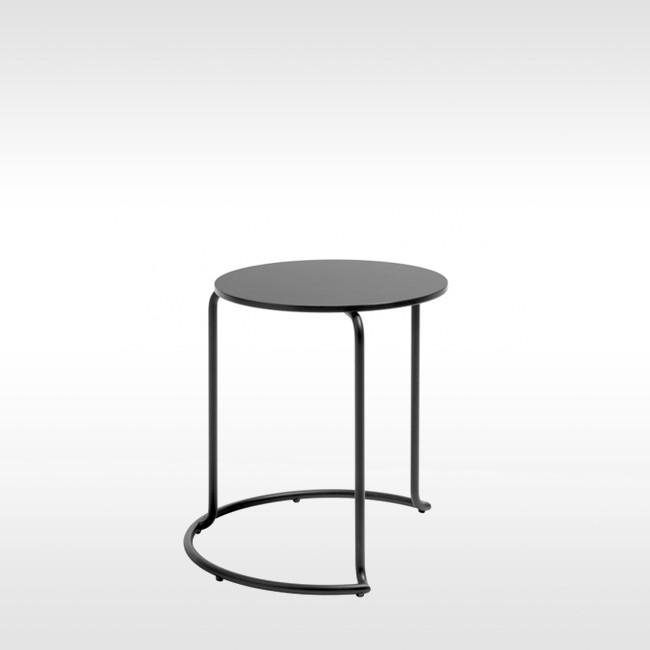 Side Table Bijzettafel.Artek Bijzettafel 606 Side Table Door Alvar Aalto Designlinq