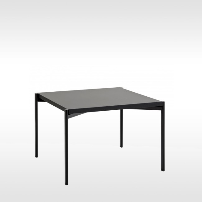 Artek bijzettafel Kiki Low Table door Ilmari Tapiovaara