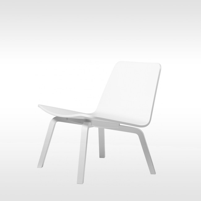 Artek fauteuil HK002 Lounge Chair door Harri Koskinen