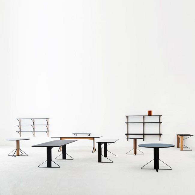 Artek wandkast / bureau REB 013 Kaari Wall Shelf with Desk door Ronan & Erwan Bouroullec