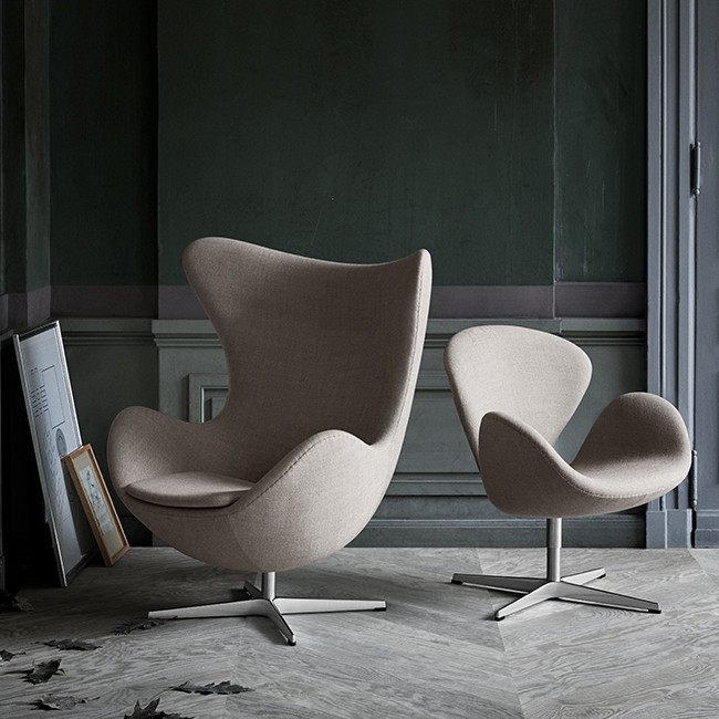 Fritz Hansen loungestoel Egg Lounge Chair Model 3316 Textiel door Arne Jacobsen