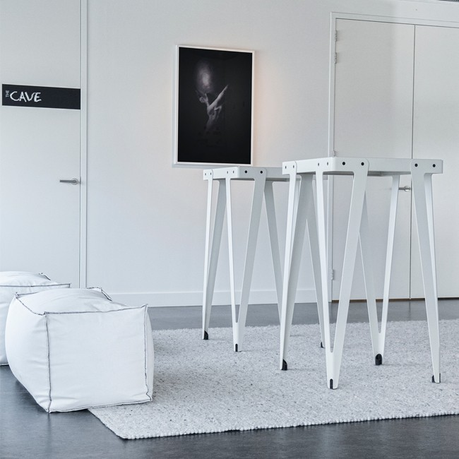 Functionals hoge tafel Lloyd High Table door Serener