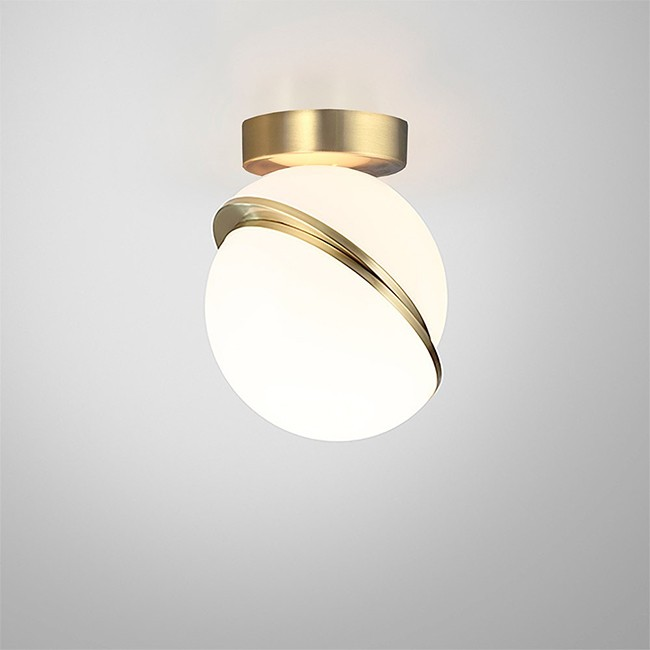Lee Broom plafondlamp Mini Crescent Ceiling Light door Lee Broom