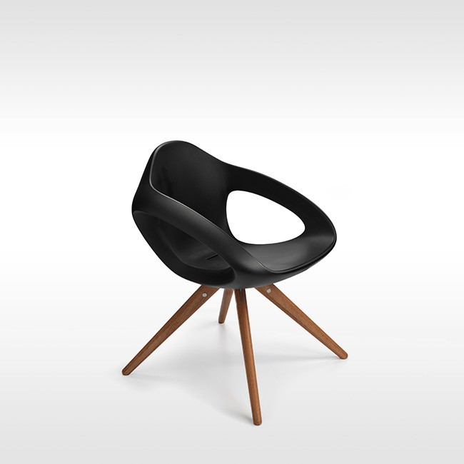 Lonc stoel Easer Wood Chair door Rogier Waaijer