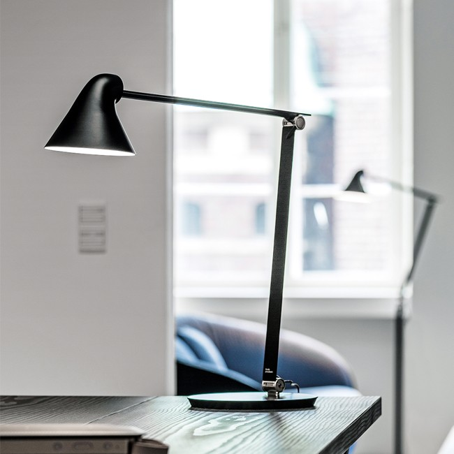 Louis Poulsen bureaulamp NJP Table door Nendo