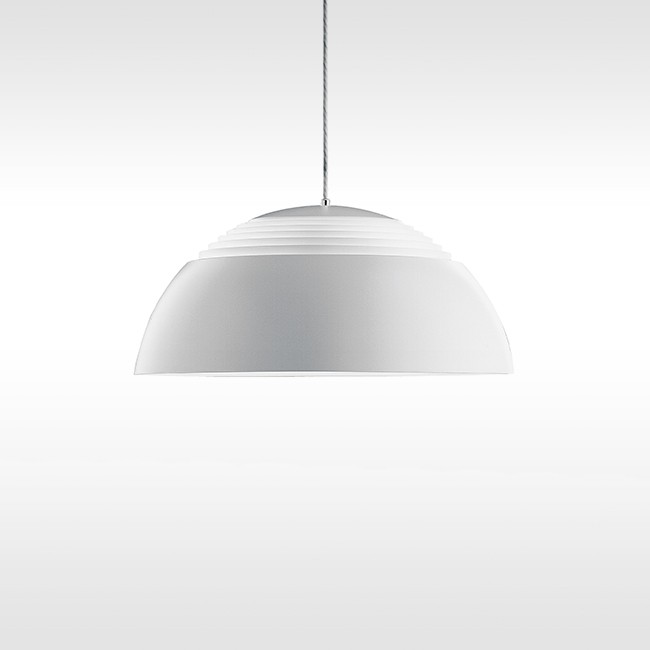 Louis Poulsen hanglamp AJ Royal door Arne Jacobsen