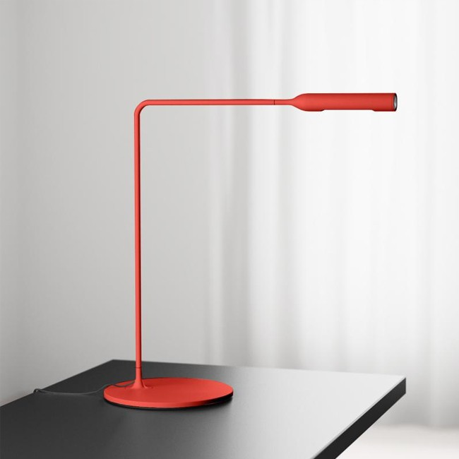 Lumina bureaulamp Flo Desk Rood door Foster+Partners