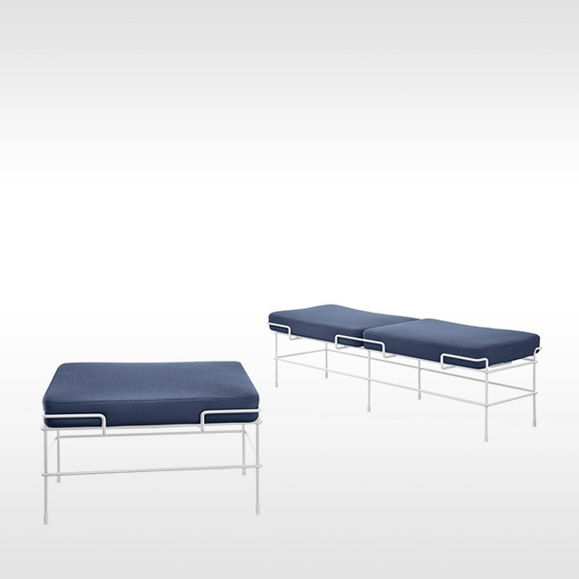 Magis bank Traffic Bench SD2731 & SD2741 (outdoor) door Konstantin Grcic
