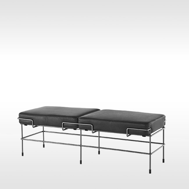 Magis bank Traffic Bench SD2734B & SD2744B (leer) door Konstantin Grcic