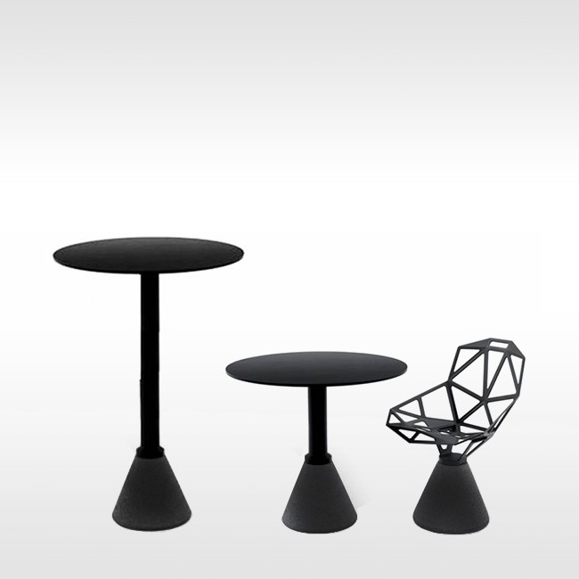 Magis statafel Table_One Bistrot Outdoor door Konstantin Grcic