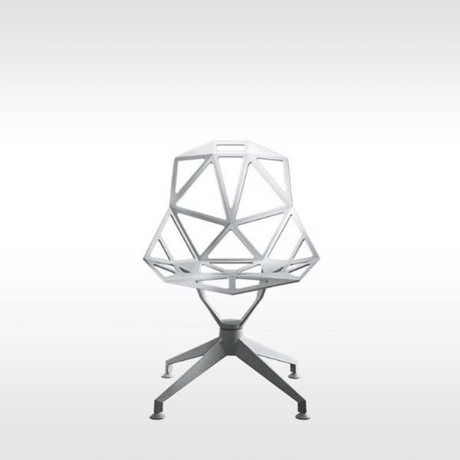 Magis stoel Chair_One_4Star SD1440 & SD1446 door Konstantin Grcic