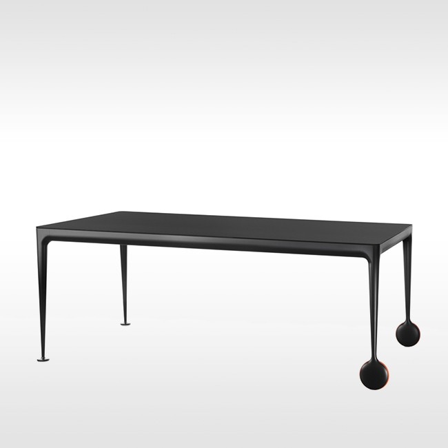 Magis tafel Big Will door Philippe Starck