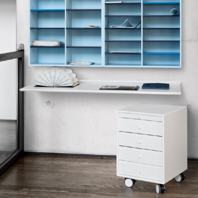 Montana ladeblok Montana System CO16 Office Units QR1202 & QR2202 door Peter J. Lassen