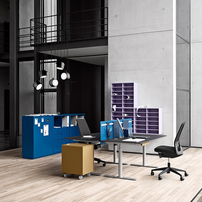 Montana ladeblok Montana System CO16 Office Units QR1204 & QR2204 door Peter J. Lassen