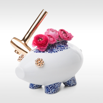 Moooi vaas The Killing Of The Piggy Bank door Marcel Wanders