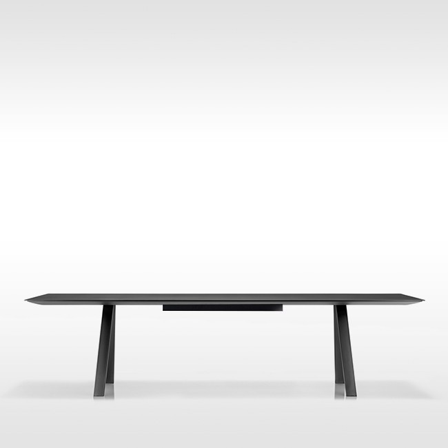 Pedrali tafel Arki Table Black met kabelmanagement door Pedrali R&D