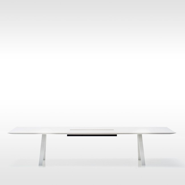 Pedrali tafel Arki Table White met kabelmanagement door Pedrali R&D