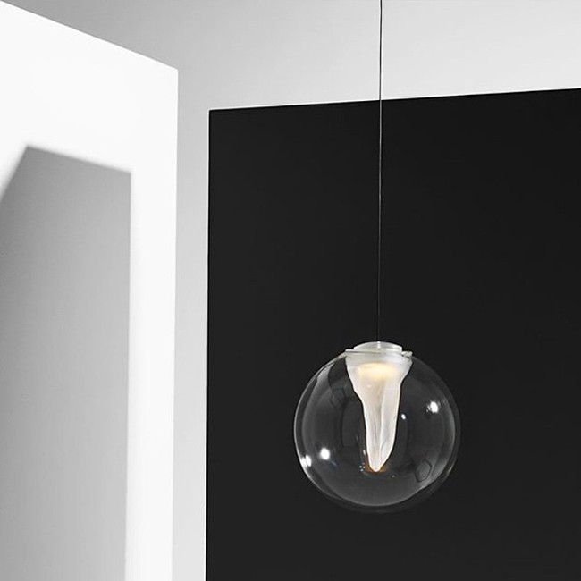 Resident hanglamp Torchon Pendant door Cheshire Architects