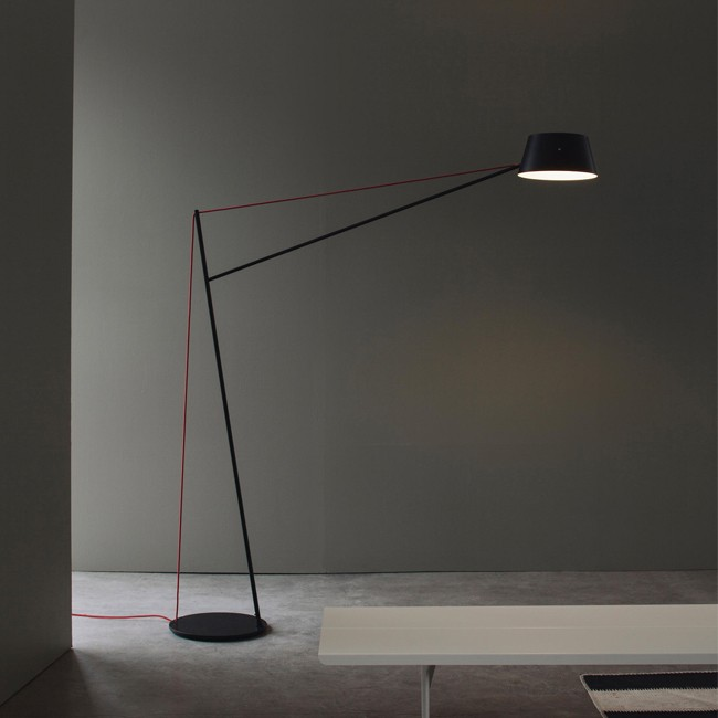 Resident vloerlamp Spar Floor Light door Jamie McLellan