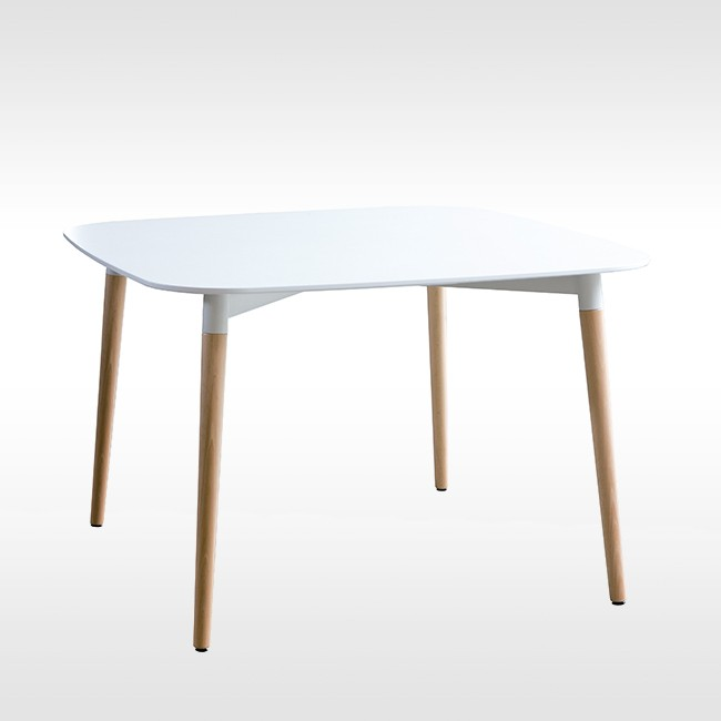 Santa & Cole tafel Belloch door Lagranja Design