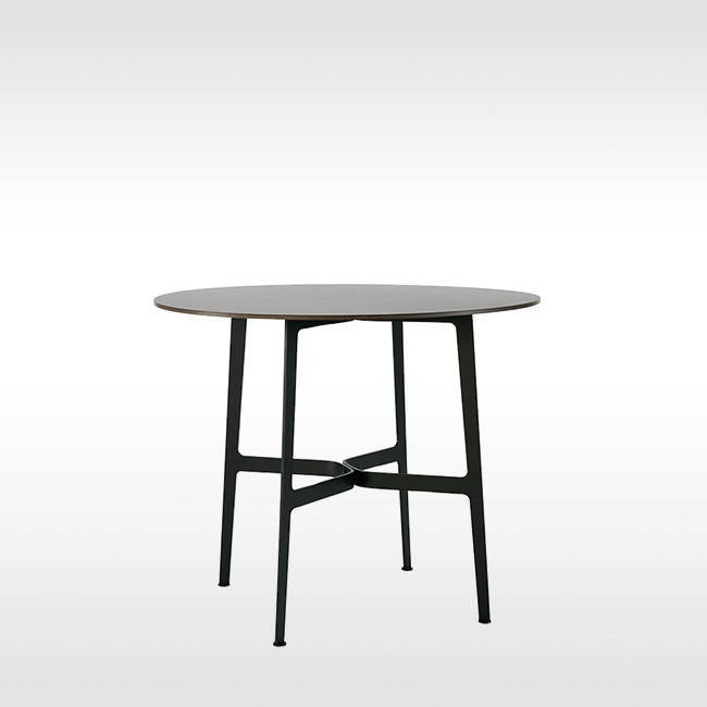 SP01 tafel Eileen Circular Table HPL door Tom Fereday