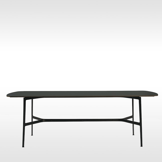 SP01 tafel Eileen Dining Table HPL door Tom Fereday