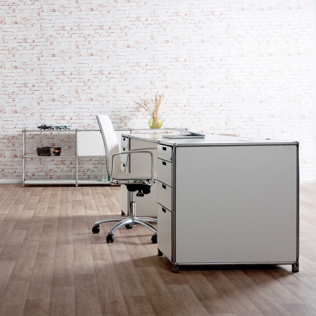 System 180 bureau Desk 40075 SteelLine door System 180