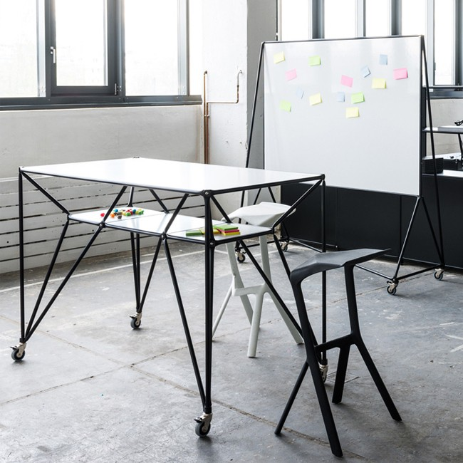 System 180 hoge tafel Design Thinking Line® Table T4S BlackLine door System 180