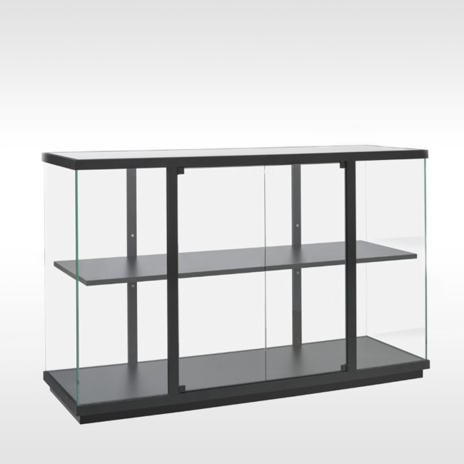 Van Esch vitrine kast Stolp Low door Carolina Wilcke