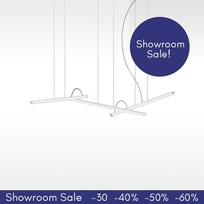 SHOWROOM SALE! Vibia hanglamp Halo Lineal 2341. (3 LED Strips) door Martín Azúa