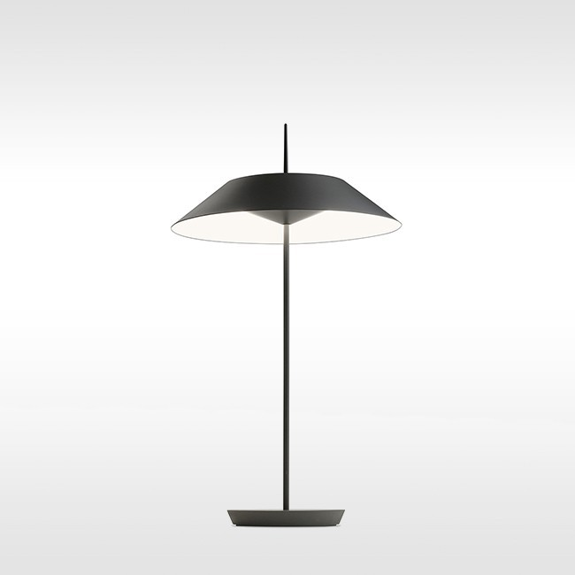 Vibia tafellamp Mayfair 5505. door Diego Fortunato