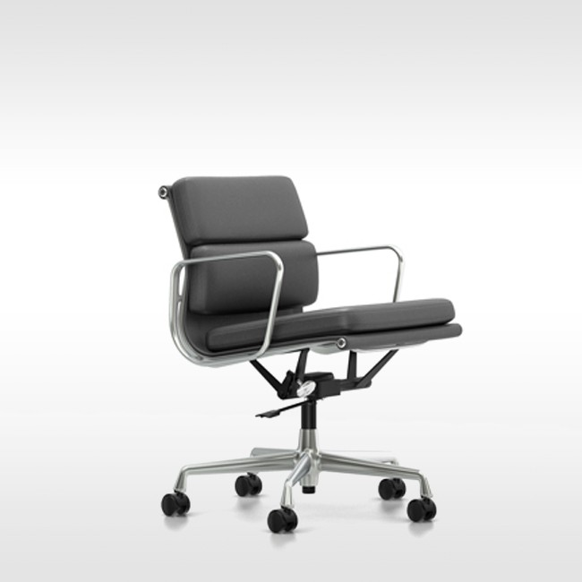 Vitra bureaustoel soft pad chair ea 217 leder l20 door for Charles eames bureaustoel