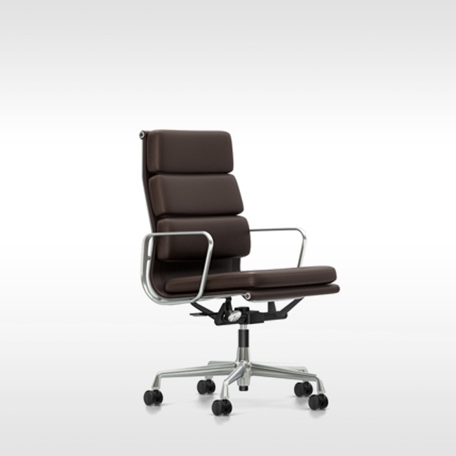 Vitra bureaustoel Soft Pad Chair EA 219 Grand Leder door Charles & Ray Eames