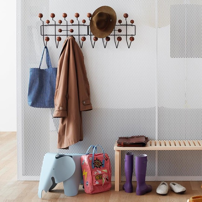 Vitra kapstok Hang it all hout door Charles & Ray Eames