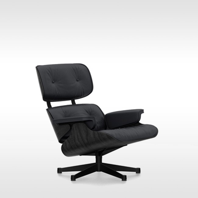 Vitra loungestoel Eames Lounge Chair zwart essenhout door Charles & Ray Eames