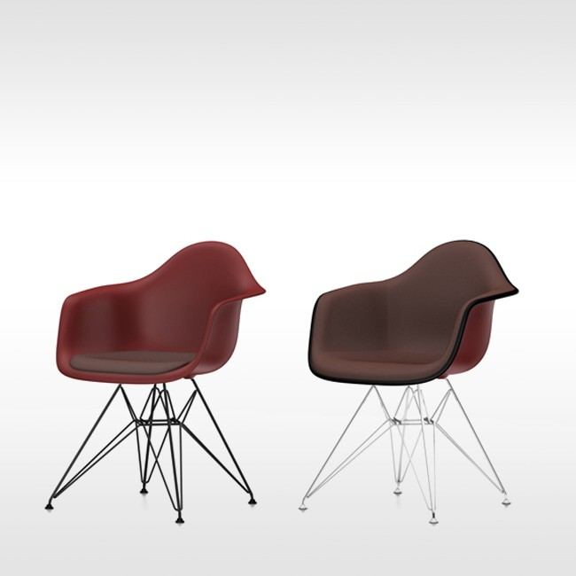 Bekende design stoelen beautiful de shell chair ch is for Ray eames stoelen