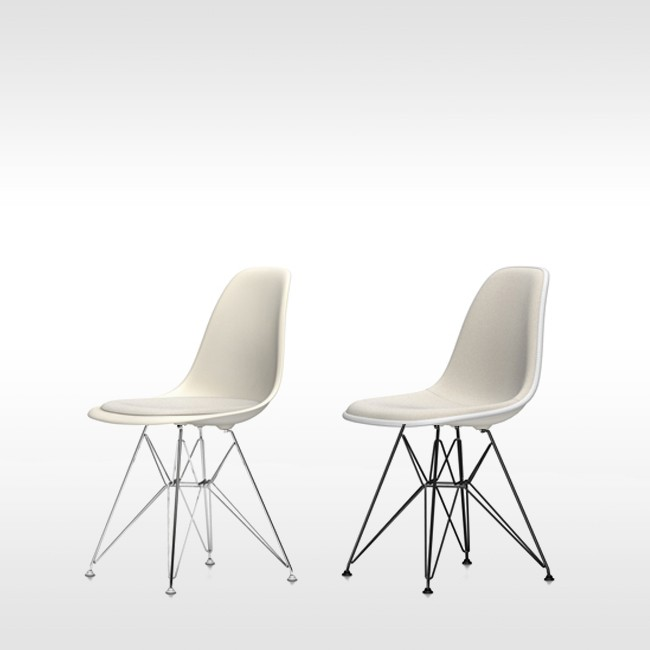 Vitra stoel Eames Plastic Chair DSR Crème bekleed door Charles & Ray Eames