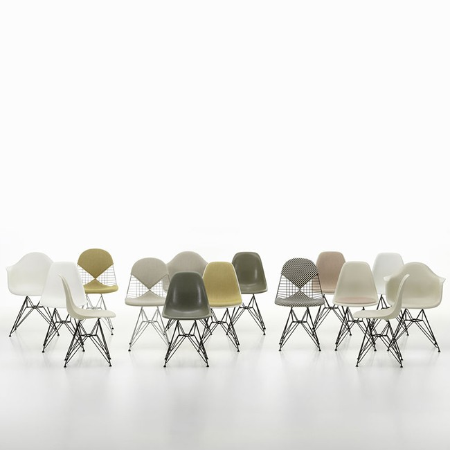 Vitra stoel Eames Plastic Chair DSR Wit bekleed door Charles & Ray Eames