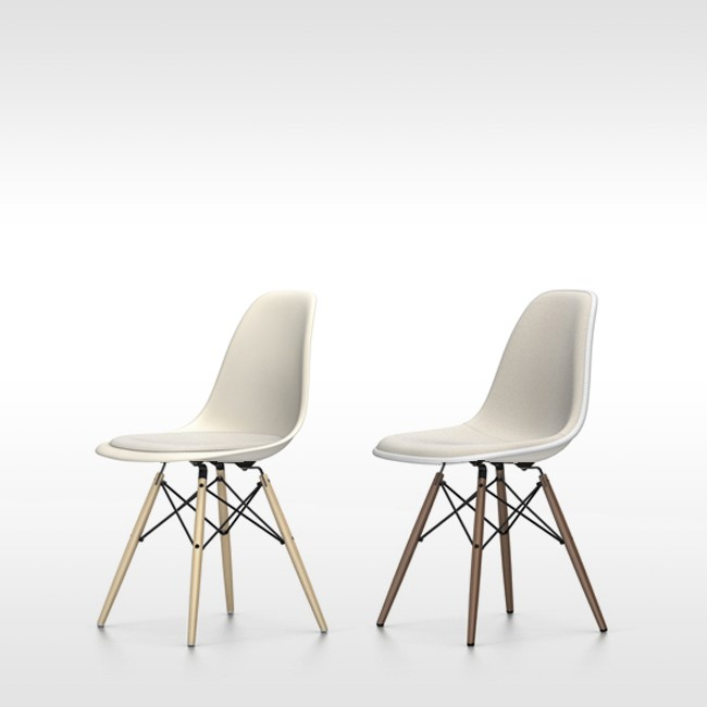 Vitra stoel Eames Plastic Chair DSW Crème bekleed door Charles & Ray Eames