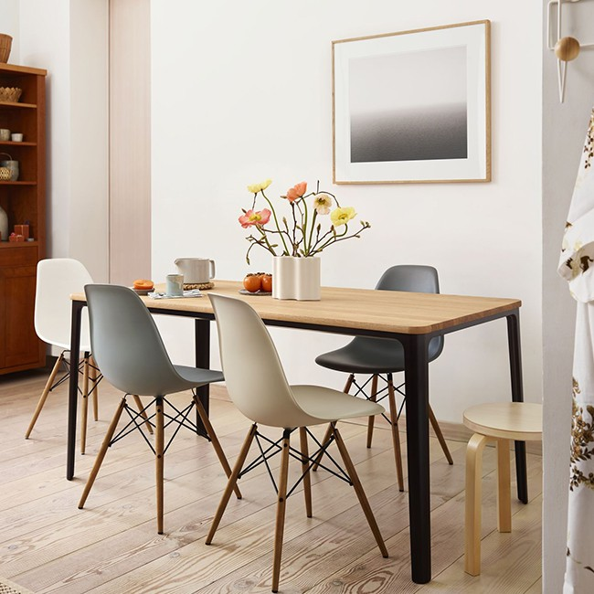 Strange Vitra Stoel Eames Plastic Chair Dsw Esdoorn Donkerbruin Door Charles Ray Eames Pabps2019 Chair Design Images Pabps2019Com