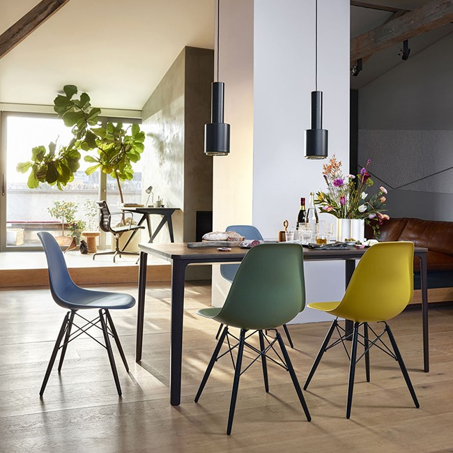 Pleasing Vitra Stoel Eames Plastic Chair Dsw Esdoorn Zwart Door Charles Ray Eames Pabps2019 Chair Design Images Pabps2019Com