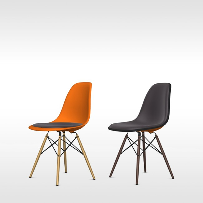 Vitra stoel Eames Plastic Chair DSW Rusty Orange bekleed door Charles & Ray Eames