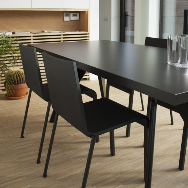 Vitra tafel EM Table HPL Asfalt tafelblad door Jean Prouvé