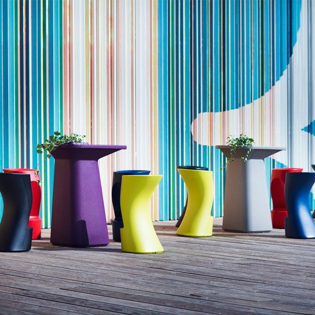 Vondom barkruk Moma High Bar Stool door Javier Mariscal