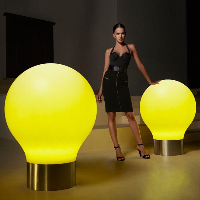 Vondom outdoor vloerlamp The Second Light door Studio Vondom